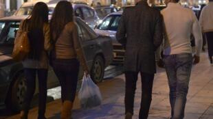 L'année dernière au Maroc, le nombre de plaintes déposées pour agression sexuelle a été multiplié par deux. Photo : Dans une rue de Rabat, au Maroc