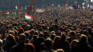 L'année dernière déjà, les Hongrois étaient descendus dans la rue pour s'opposer aux réformes du Premier ministre Viktor Orban. (Photo: 15 mars 2012).
