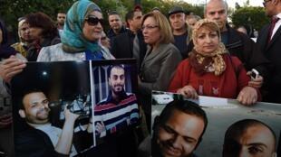 Manifestation de soutien aux deux journalistes enlevés, le 8 novembre dernier à Tunis.