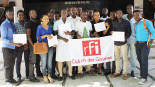 Les membres du Club RFI Gonaïves.