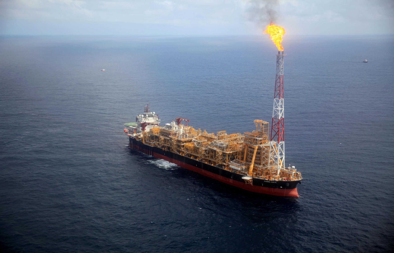 2020-03-16T173700Z_1735454948_RC25LF9Y07Y9_RTRMADP_3_GLOBAL-OIL-OPEC-IEA