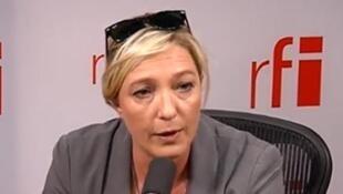 Marine Le Pen dénonce une tentative de «créer la confusion dans les esprits».