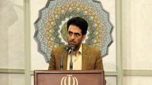 محمد علی کامفیروزی دانشجوی دکتری رشتۀ حقوق جزایی دانشگاه تهران