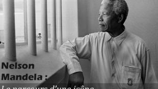 Nelson Mandela en 1994, cuando visitó su celda de la carcel de Robben Island