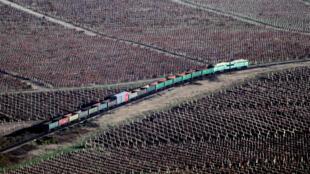 Actuellement, la seule liaison ferroviaire entre la Russie et la Crimée passe par l'Ukraine. Ici, dans la région de Sébastopol.