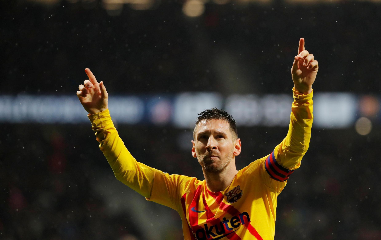 L'Argentin Lionel Messi, attaquant du FC Barcelone, a annoncé rester au FC Barcelone.