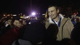 Виталий Кличко на Майдане Незалежности в Киеве 02/12/2013