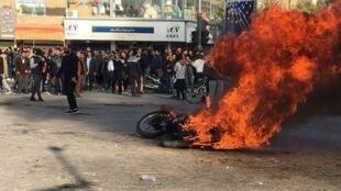 تظاهرات مردم ایران در روز شنبه ۱۶ نوامبر سال ۲۰۱۹ میلادی