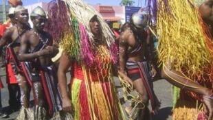 Photo d'archives des danseurs au festival Zegny'zo de Diego Suarez à Madagascar, édition 2010.