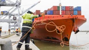 La saisie la plus importante a eu lieu dans la nuit de vendredi à samedi, avec la découverte de près de 11 tonnes de cocaïne dans un conteneur dans le port d'Anvers (image d'illustration).