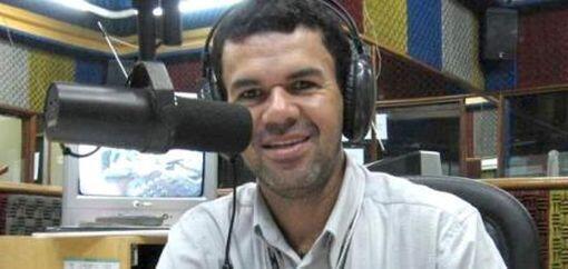 El periodista brasileño Edmilson de Souza, asesinado el 28 de octubre de 2012 en Itabaiana, Estado de Sergipe, estado del Noreste, a la edad de 40 años.