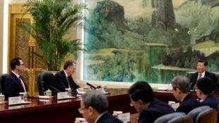 中國國家主席習近平會見美中貿易談判代表團資料圖片