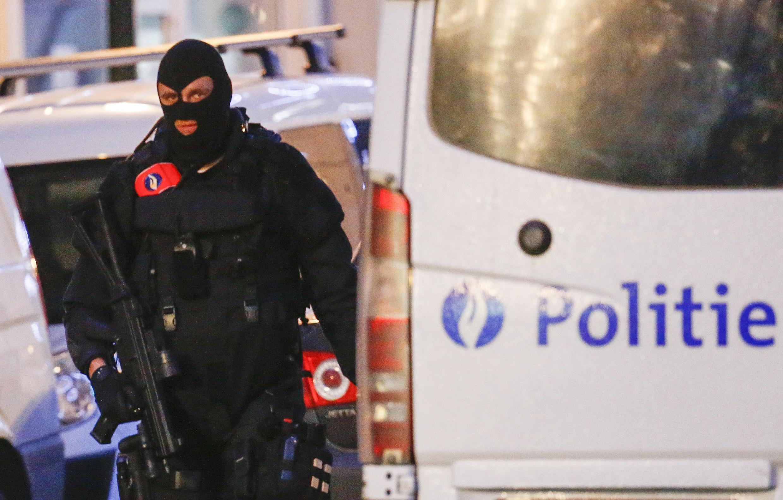 В пригороде Брюсселя задержаны новые подозреваемые в соучастии в парижских терактах