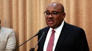 Le nouveau ministre de l'Économie et des Finances du Soudan Ibrahim Ahmed Badawi, le 8 septembre 2019.