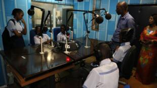 La radio numérique se développe en Afrique.