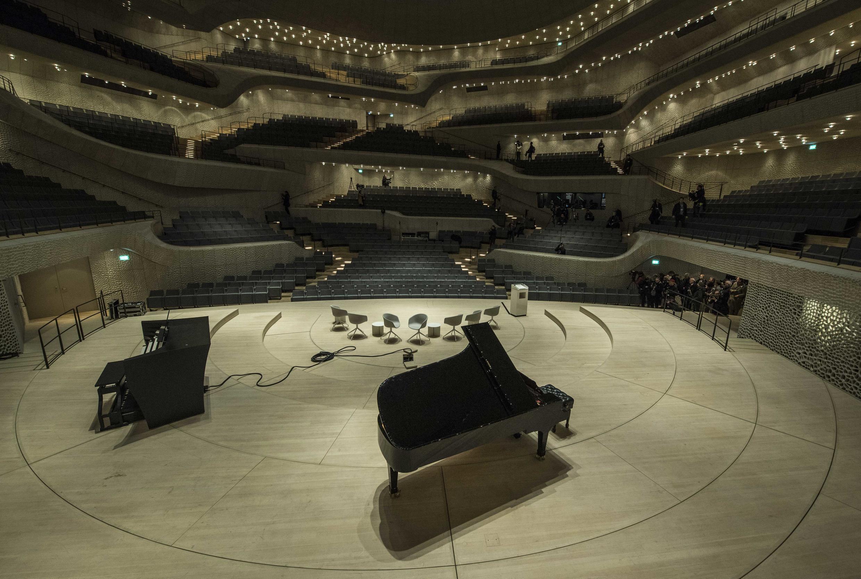 La grande salle de la philharmonie de l'Elbe à Hambourg, Allemagne.