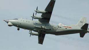 中国运8电子战机机型资料照片