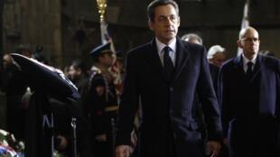 C'est depuis Prague, où il assistait aux obsèques de Vaclav Havel, que le président Sarkozy a réagi aux nouvelles attaques du Premier ministre turc.