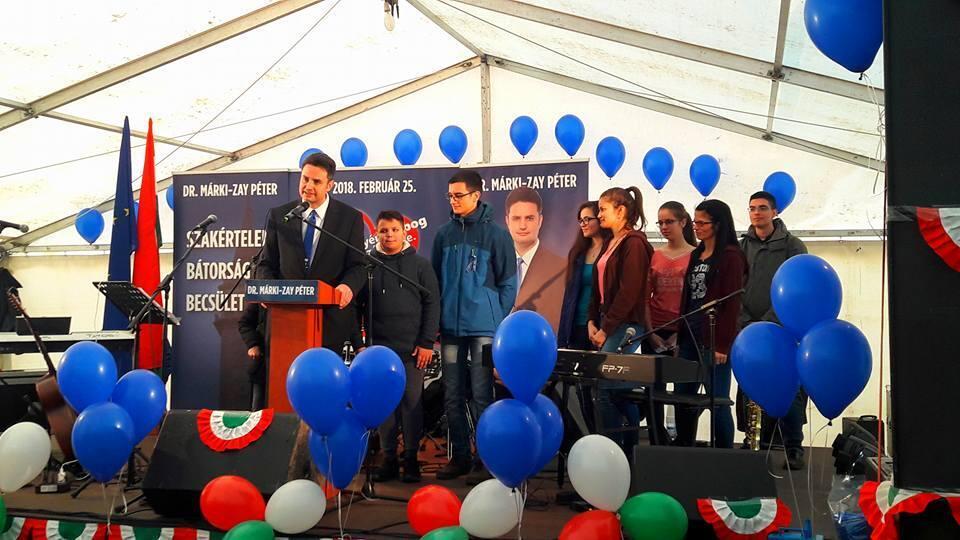 Le maire Péter Marki-Zay lors d'un meeting à Hodmezövasarhely.