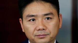 刘强东在香港接受路透社采访 2017年9月6日