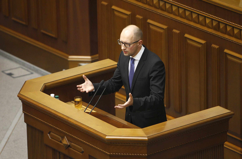 Arseni Iatseniouk a donné l'ordre de vérifier le passé de tous les ministres et de leurs adjoints.
