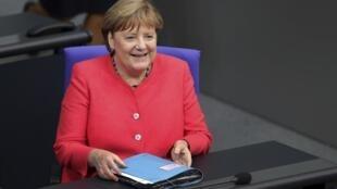Angela Merkel au Parlement allemand le 1er juillet 2020.