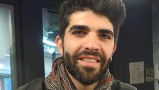 El bailarín Rubén Molina en los estudios de RFI