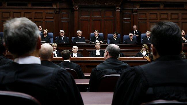 """Toà án Tối cao Úc công nhận giới tính thứ 3 được gọi là """"giới trung"""" (DR)"""