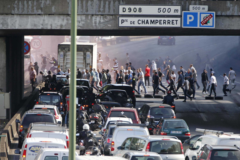 Taxi drivers block the Paris ringroad last June