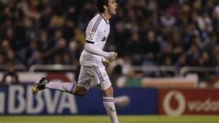 O meia Kaká do Real Madri