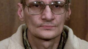 "Francis Heaulme, serial killerfrancês apelidado de ""Criminal Backpacker""."