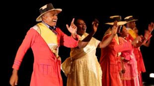 The Kaompania Rasoalalao Kavia singing 'hira gasy'