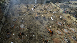2021-04-25 india delhi covid-19 coronavirus crematorium