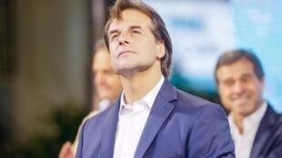 Luis Lacalle Pou asumirá el 1° de marzo de 2020.