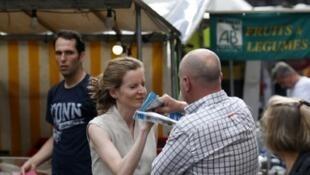 Nathalie Kosciusko-Morizet avait été agressée alors qu'elle distribuait des tracts, jeudi 15 juin à Paris.