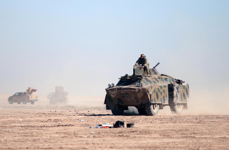 Quân thánh chiến bị lực lượng FDS  tấn công ở phía bắc Raqqa, Syria. Ảnh ngày 3/02/2017.
