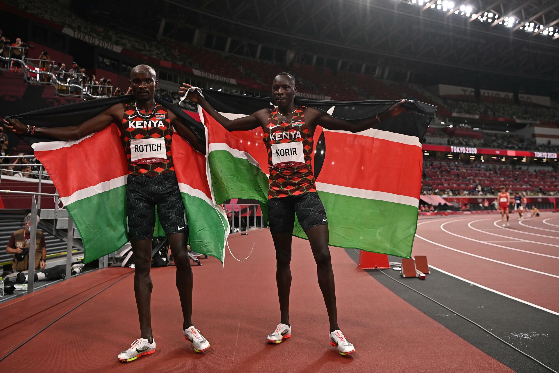 Kenya's Emmanuel Korir and Ferguson Rotich sealed a one-two for Kenya in the men's 800m final
