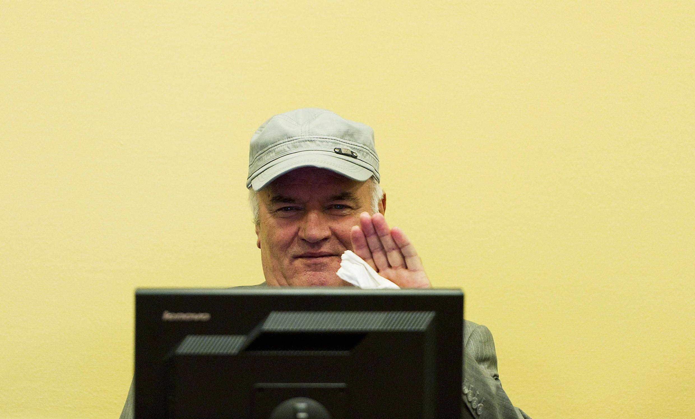 Ratko Mladic no Tribunal Penal Internacional de Haia.