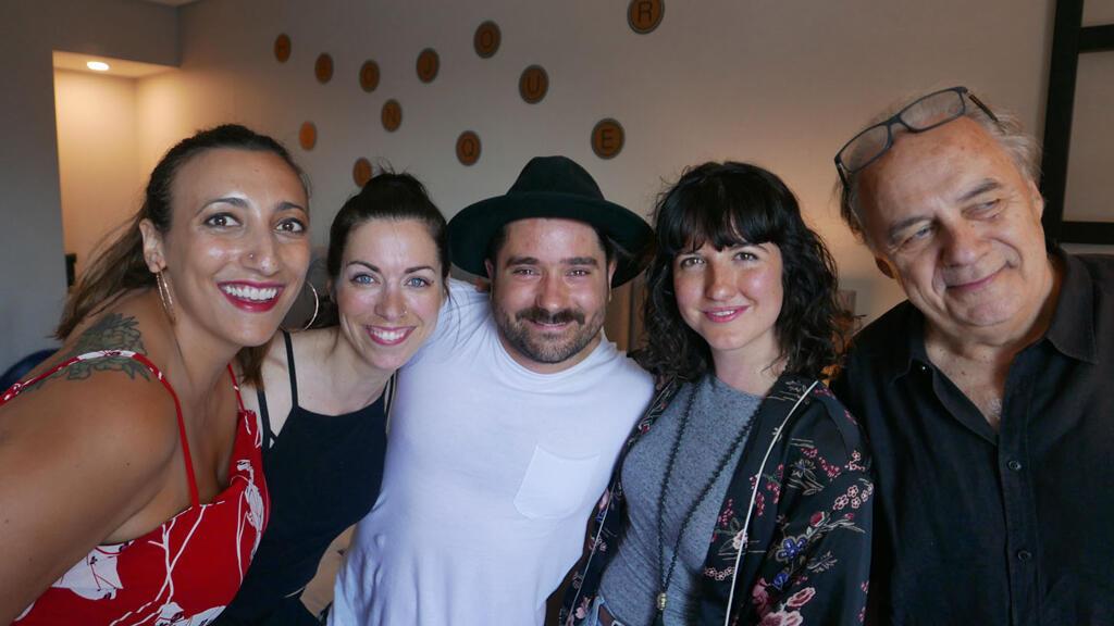 Florence K, Geneviève Toupin, Vincent Carré,Chloé Lacasse et André Ménard à RFI-Montréal.