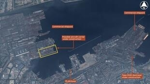 大連的疑似中國第二艘航母建址的衛星圖片