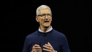 Tim Cook, PDG, prend la parole lors de la conférence annuelle mondiale d'Apple, dédiée aux développeurs, à San Jose, en Californie aux Etats-Unis, le 5 juin 2017.