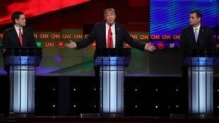 Os pré-candidatos republicanos à Casa Branca: Donald Trump (centro), Marco Rúbio (esq.) e Ted Cruz.