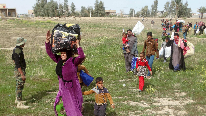 Иракцы, ищущие убежища в Эр-Рамади, март 2016 г.