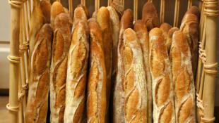 A Malakoff en région parisienne, Moctar, 18 ans, prépare un CAP boulangerie. Mais depuis novembre 2020 et sa majorité, il est visé par une obligation de quitter le territoire français.