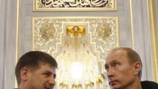 Владимир Путин и Рамзан Кадыров в Грозном в 2008 году в мечети «Сердце Чечни»