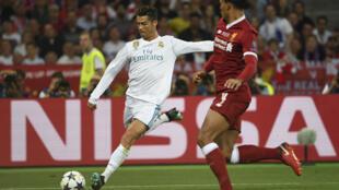 Cristiano Ronaldo (Real Madrid) et Virgil Van Dijk (Liverpool), à Kiev, le 26 mai 2018.