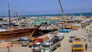 Le port de Bosaso, controlé par les Émirats, a été frappé par un attentat qui pourrait avoir été soutenu par le Qatar.