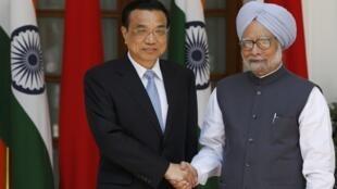 Le Premier ministre chinois Li Keqiang et son homologue indien Manmohan Singh.