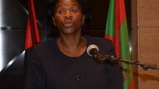 Dra. Arlete Liona Chimbinda, primeira vice-presidente da Unita