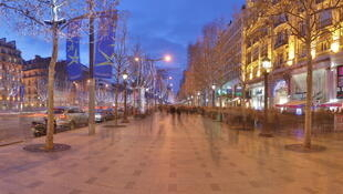 Popular Champs Elysées shopping district in Paris